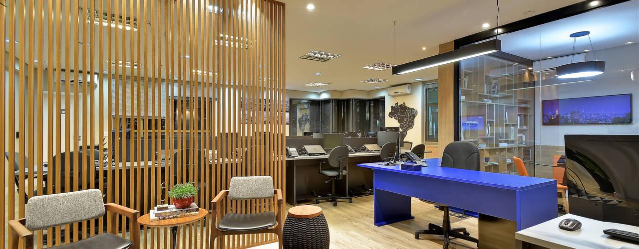 Escritório de Advocacia e Relações Institucionais AVR Studio Arquitetura Edifícios comerciais modernos MDF Azul