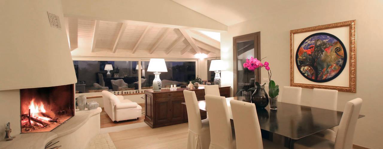 Architetto Alessandro spano Livings de estilo mediterráneo