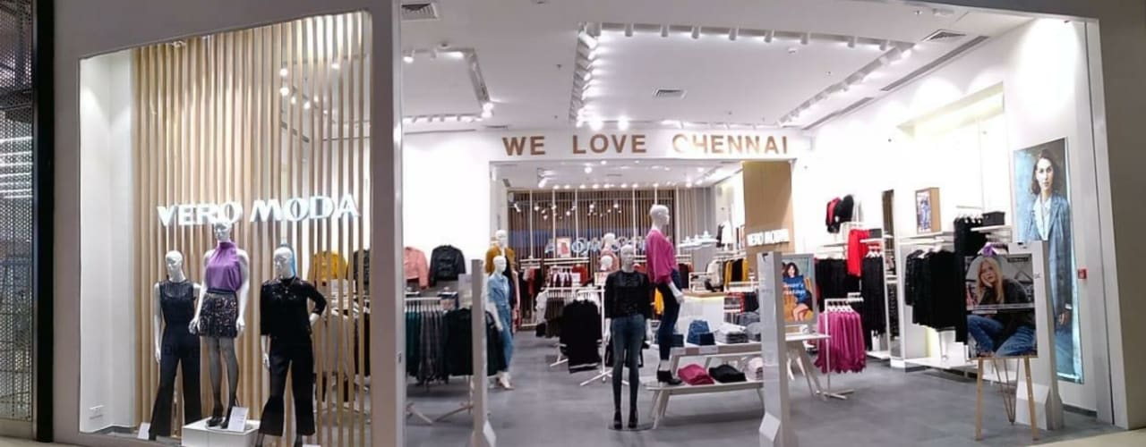Retail Showroom by S4S Interiors LLP Classic