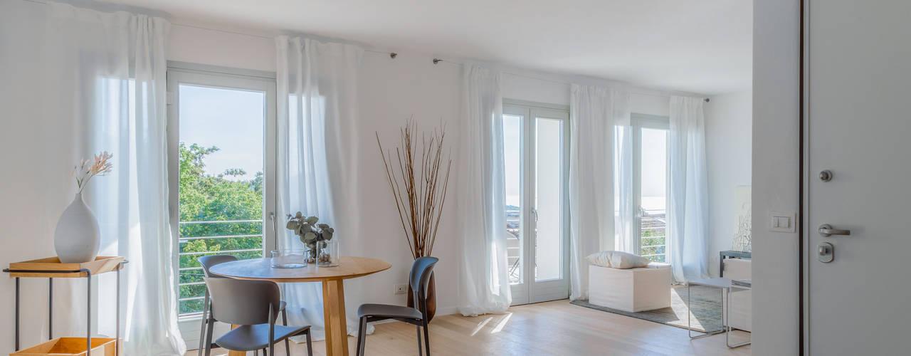 Home Staging a Trieste Angela Baghino Sala da pranzo moderna Legno