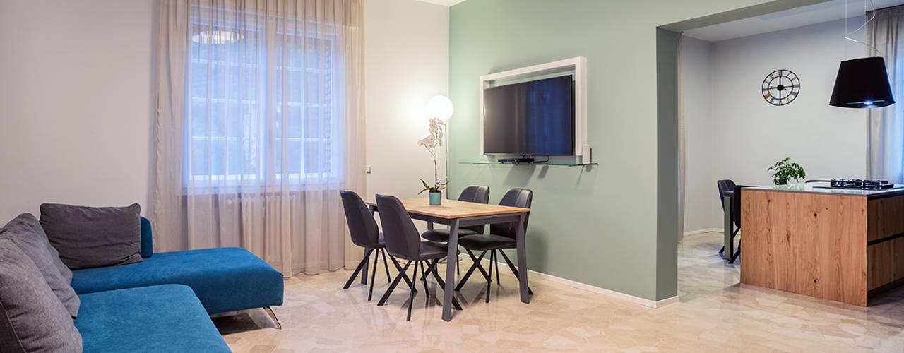 Ristrutturazione appartamento di 100mq a Brescia, zona Ospedale Soggiorno moderno di Facile Ristrutturare Moderno