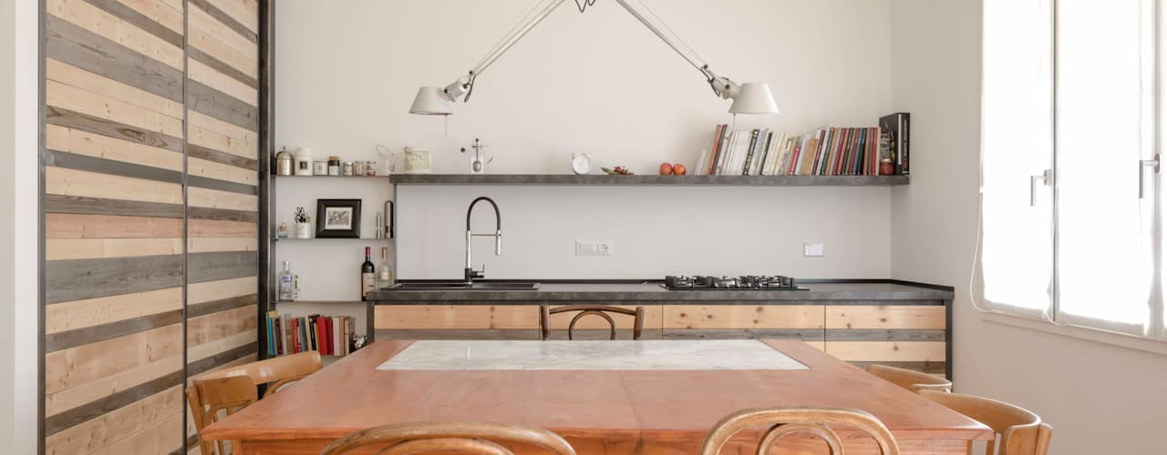 La casa di J & Pò Sala da pranzo in stile scandinavo di Angela Baghino Scandinavo