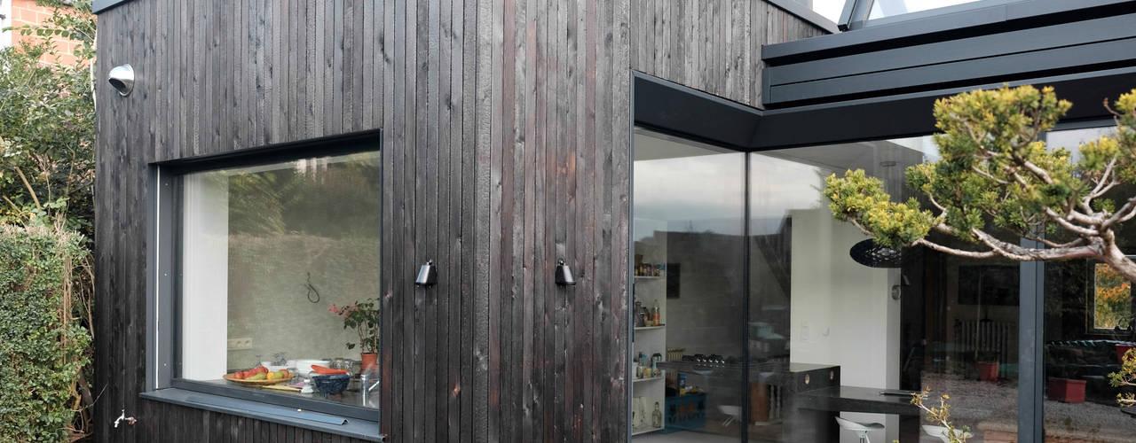 Ampliación de casa en Bruselas DUQUE & SCHWARTZ Arquitectura y cooperación Casas unifamilares