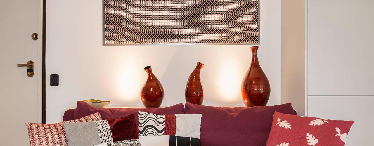Essestudioarch Salones de estilo moderno Rojo