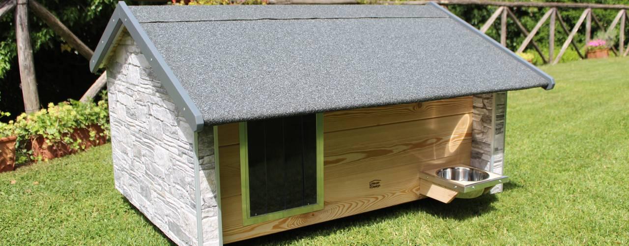 Cuccia da esterno ispirata a casa di Pet House Design® Moderno