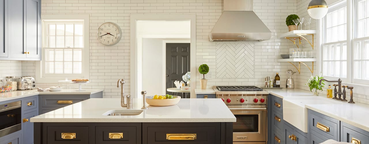 All about ease: Family home in Bridgehampton, NY Darci Hether New York Modern Kitchen