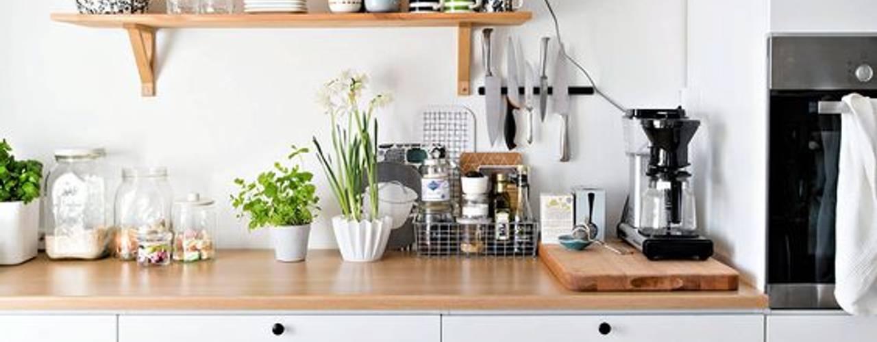 Tung Nguyen Nhà bếp phong cách hiện đại bởi THANH TUNG - HOMIFY Hiện đại