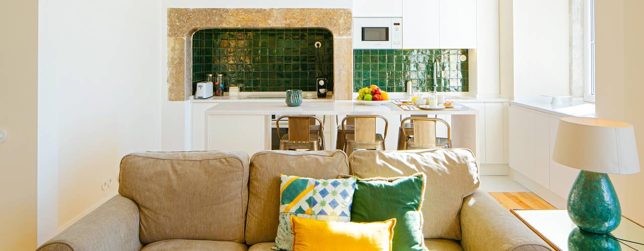 MA.TERIA. INT. PRAÇA 77 1. LISBOA MA.TERIA. ARCHITECTURE SOLUTIONS Cozinhas ecléticas Azulejo Verde