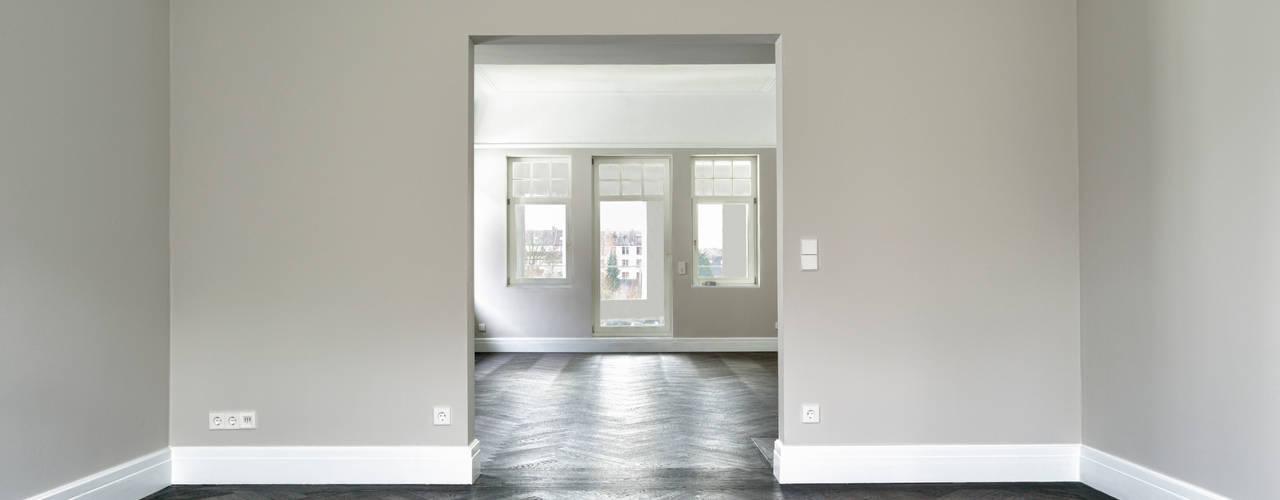 Sanierung, Erweiterung und Dachausbau einer Villa Fabritius Architekten Moderne Arbeitszimmer
