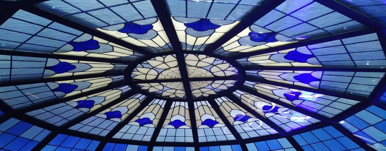cupola in vetrata artistica per il centro commerciale bliss Studio Vetrate Artistiche Corpetti Centri commerciali in stile classico Vetro Variopinto