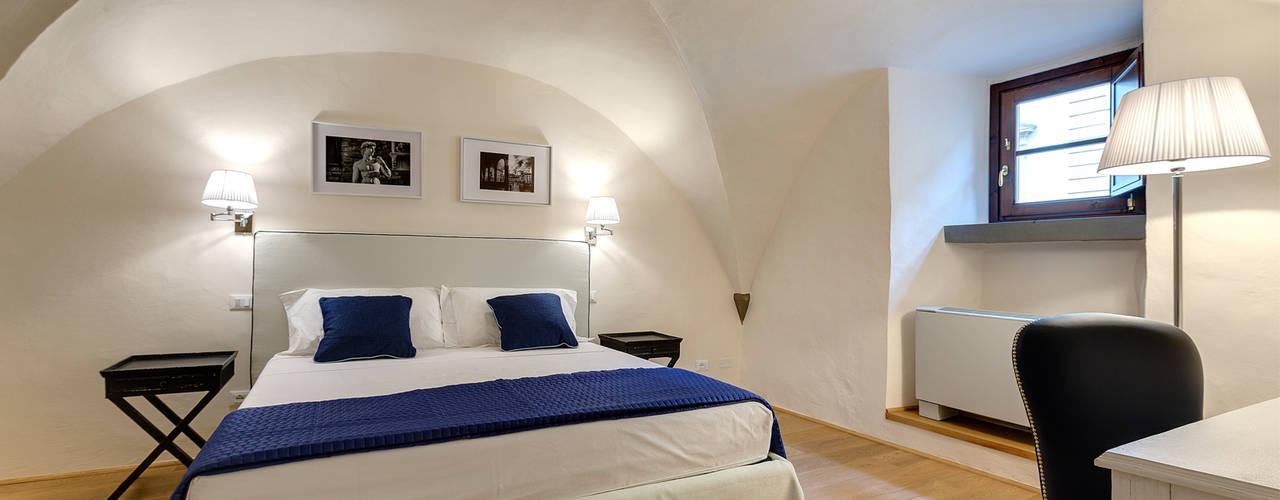 Restauro di appartamento B&B centro Firenze Arch. Alessandra Cipriani Camera da letto in stile classico