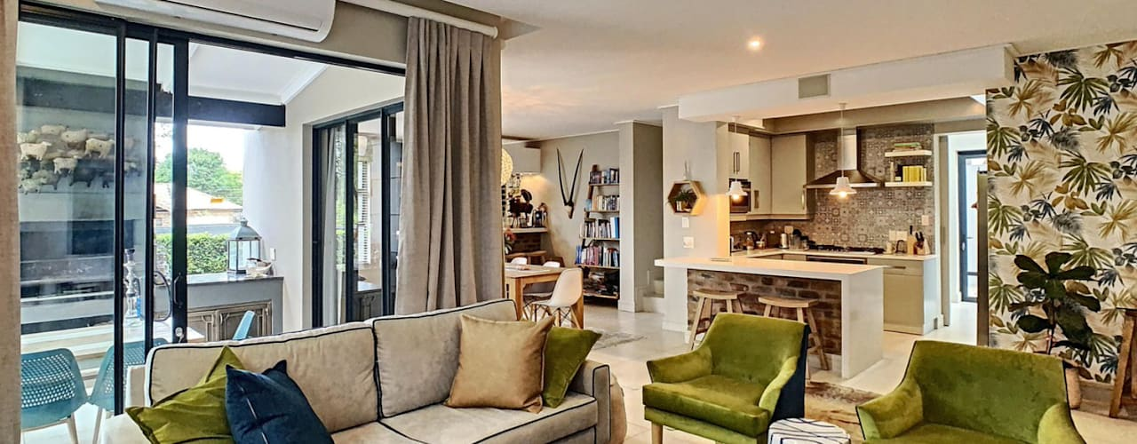 Young Couples Home Renovation, Pretoria CS DESIGN Living room
