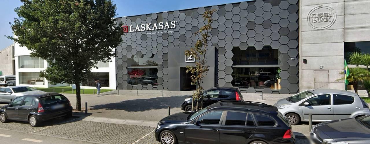 Remodelação da Loja de Mobiliário - Laskasas Esboçosigma, Lda Espaços comerciais modernos