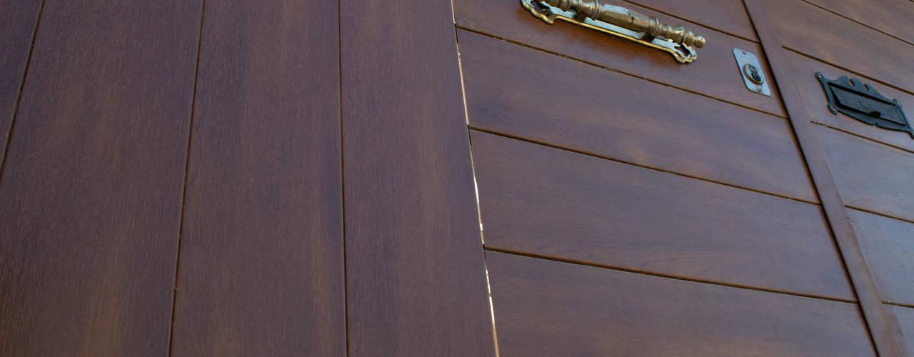 Con Duelatec Elegance dale Valor a tus proyectos!!! Lamitec SA de CV Puertas y ventanasPuertas Metal Acabado en madera