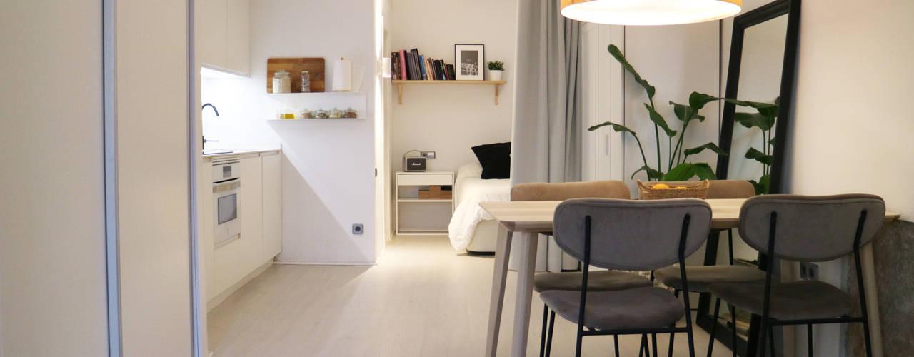 Reforma de loft de 33m2 en el centro de Valencia Arquitectura Sostenible e Interiorismo | a-nat Cocinas integrales Blanco