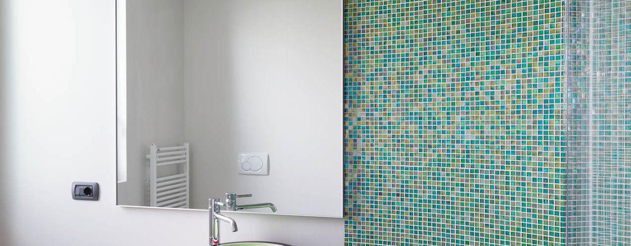 enzoferrara architetti 現代浴室設計點子、靈感&圖片