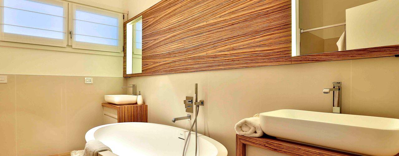 Marlegno Salle de bain classique Bois