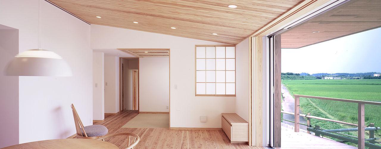 高木町の家~霧島連山を望む家~ ㈱ライフ建築設計事務所 モダンデザインの リビング