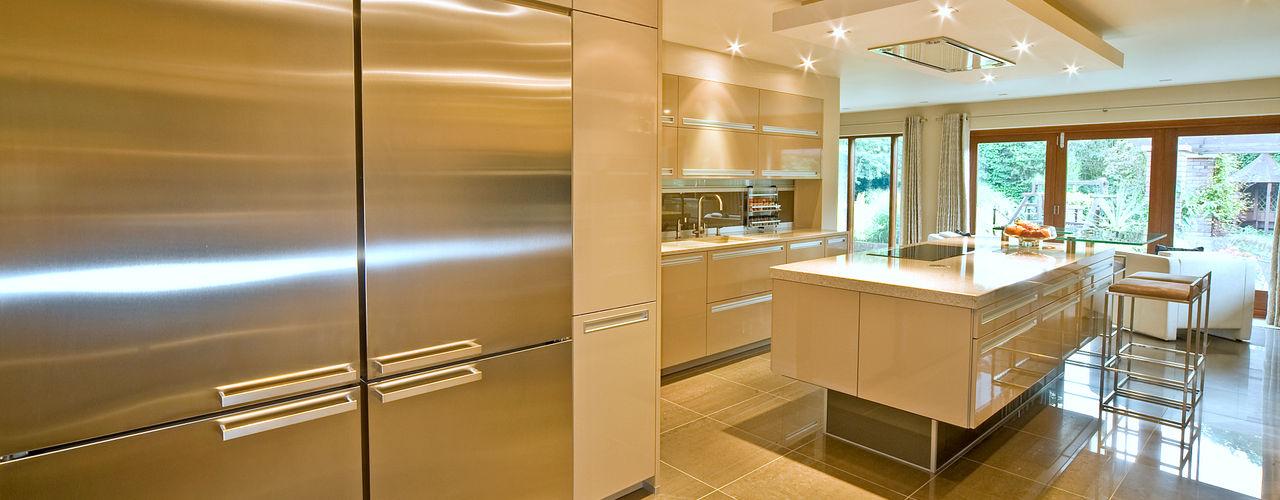 MR & MRS TAYLOR'S KITCHEN Diane Berry Kitchens Modern kitchen