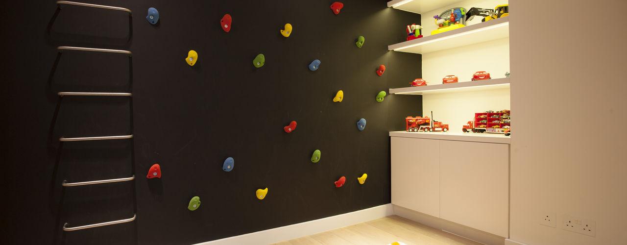 Holland Park: Notting Hill Roselind Wilson Design Modern nursery/kids room