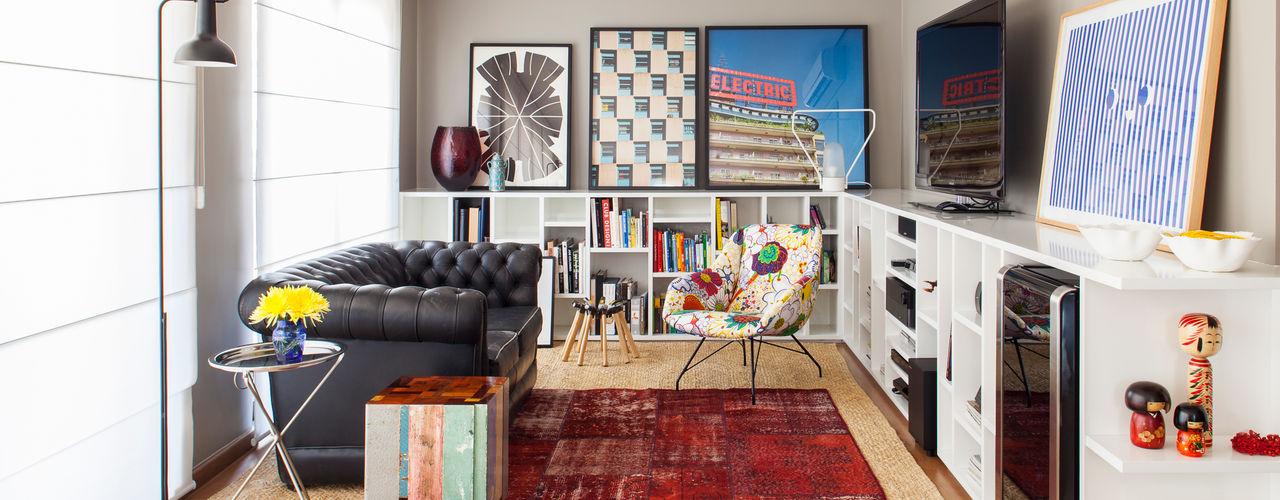 Mauricio Arruda Design Salones de estilo ecléctico