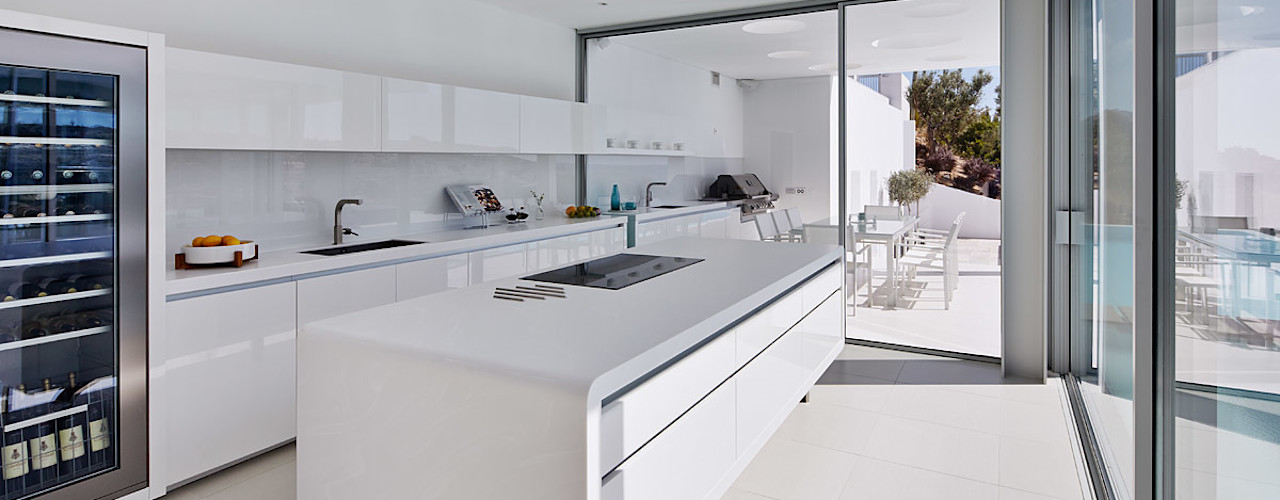 Villa Escarpa, Praia da Luz, Portugal Philip Kistner Fotografie Moderne Küchen