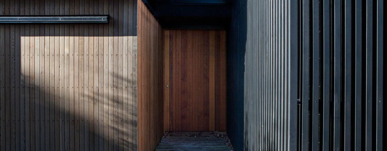 Marine Parade Dorrington Atcheson Architects Fenêtres & Portes modernes
