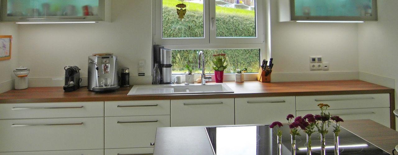 Küche mit Kochinsel Domgörgen-Die Tischlerei KücheSchränke und Regale