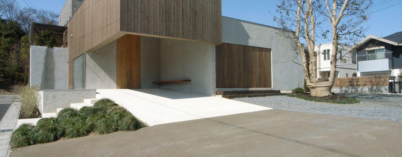 BREATH 中庭と水盤のある家 中庭のある家 水谷嘉信建築設計事務所 モダンな 家