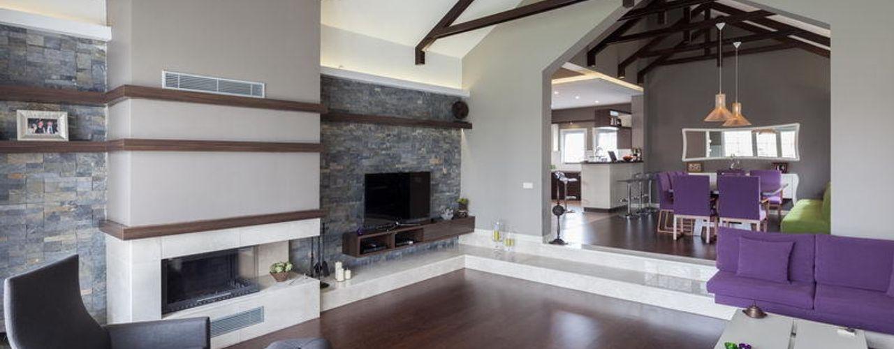 NUUN MİMARLIK Living roomFireplaces & accessories