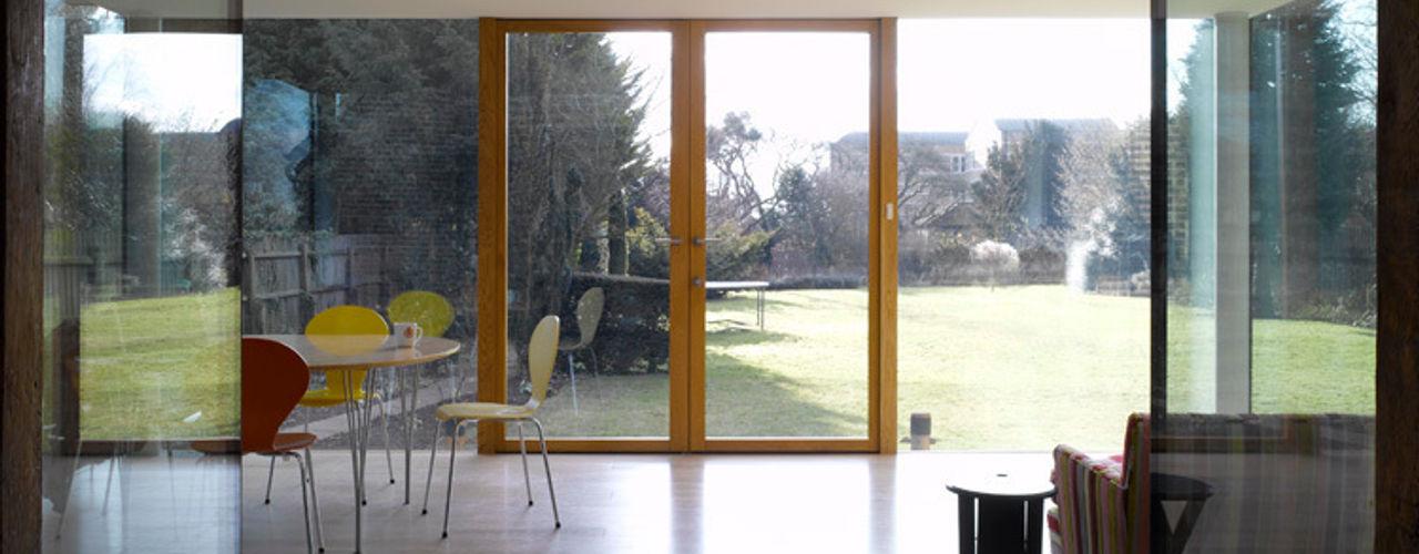 Storey's Way Hudson Architects Modern dining room