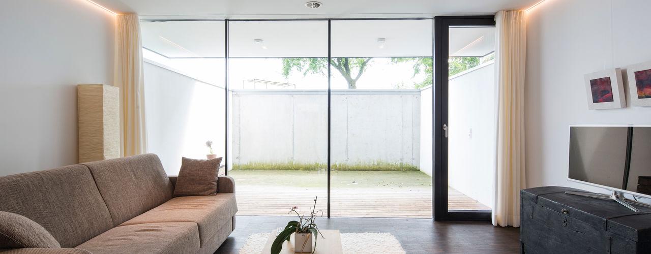 schroetter-lenzi Architekten モダンデザインの ホームジム