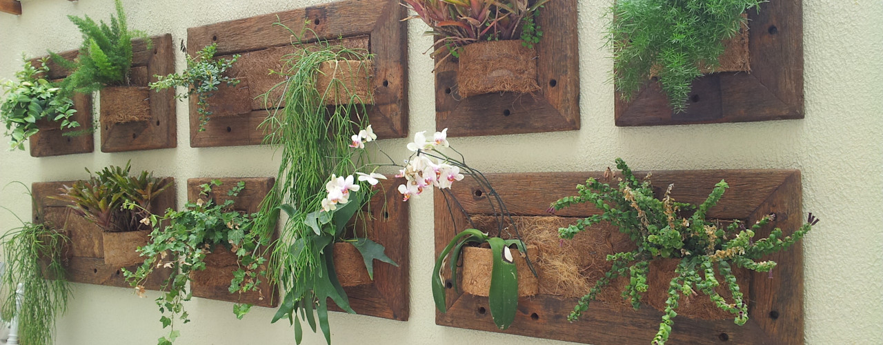 A Varanda Floricultura e Paisagismo Rustic style conservatory