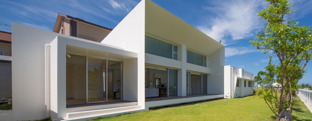 沖縄県うるま市の家 建築工房 亥 モダンな 家