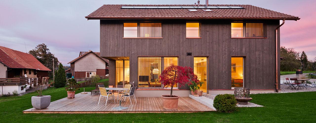 Giesser Architektur + Planung Rumah Gaya Country