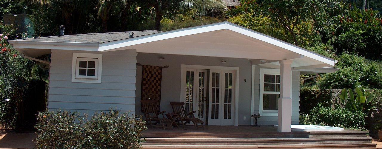 Casa Joá Ronald Ingber Arquitetura Varandas, alpendres e terraços coloniais