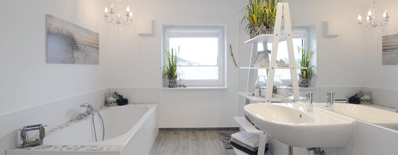 Danhaus GmbH Casas de banho modernas