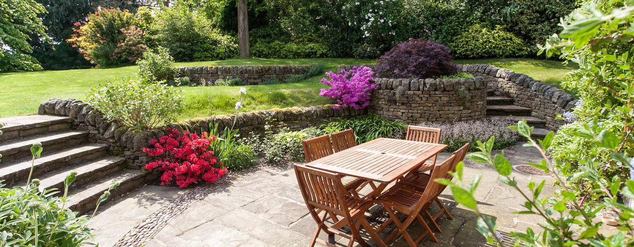 Cottage Garden, Cheshire Barnes Walker Ltd Jardins rústicos