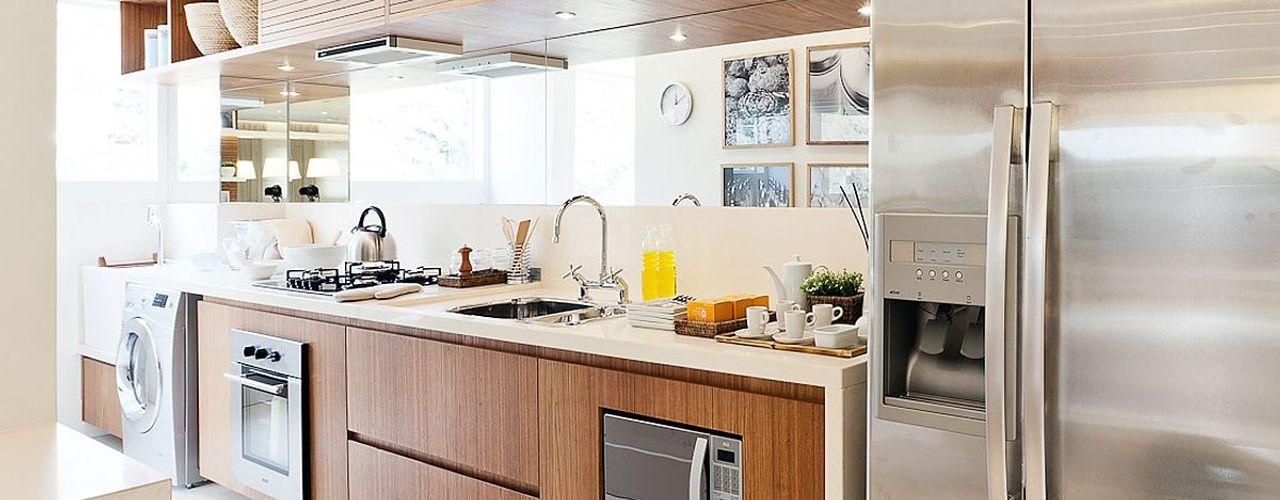 SESSO & DALANEZI Cocinas modernas: Ideas, imágenes y decoración
