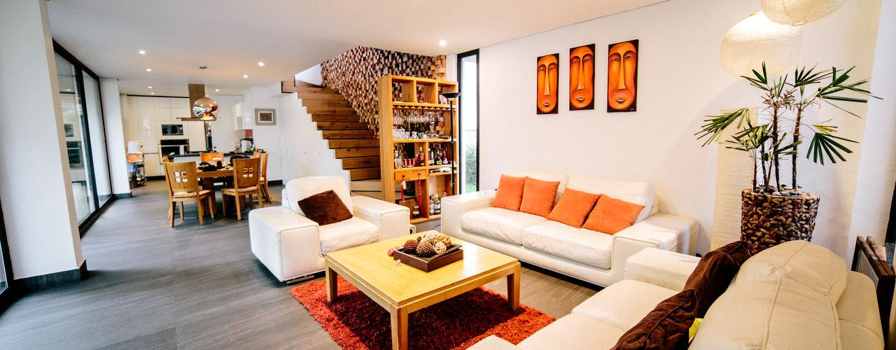gOO Arquitectos Salas / recibidores Azulejos Blanco