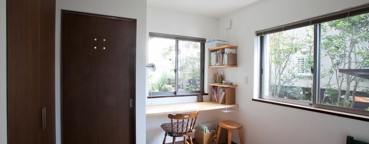 株式会社 atelier waon Modern style bedroom