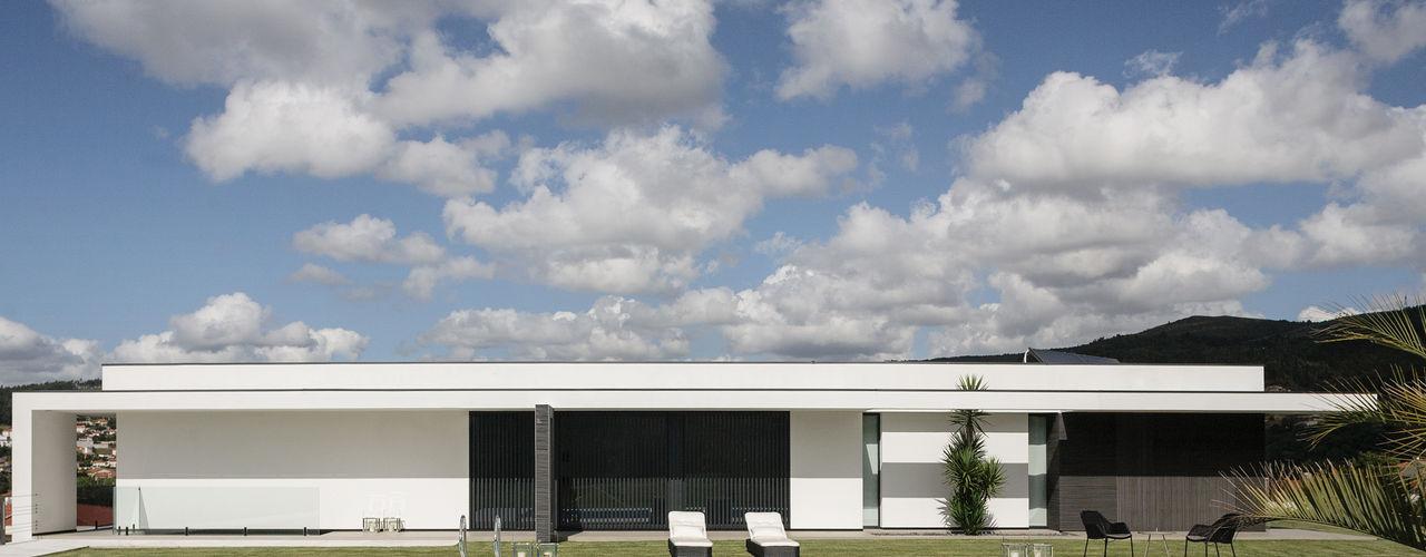 Casa em Braga CASA MARQUES INTERIORES Casas modernas