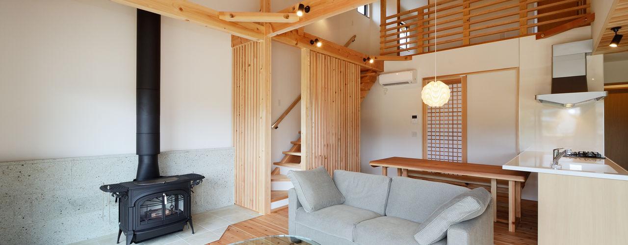 株式会社kotori Livings de estilo moderno