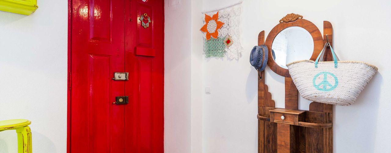 alma portuguesa Rustic style corridor, hallway & stairs