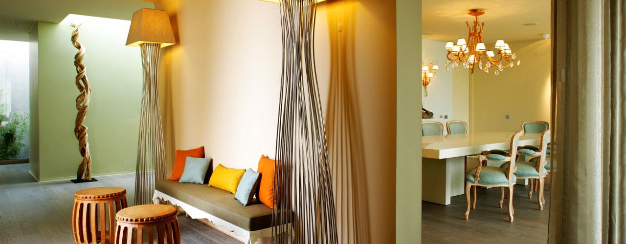 Atelier Susana Camelo Asian style corridor, hallway & stairs