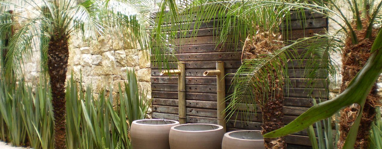 ANALU ANDRADE - ARQUITETURA E DESIGN Vườn phong cách nhiệt đới