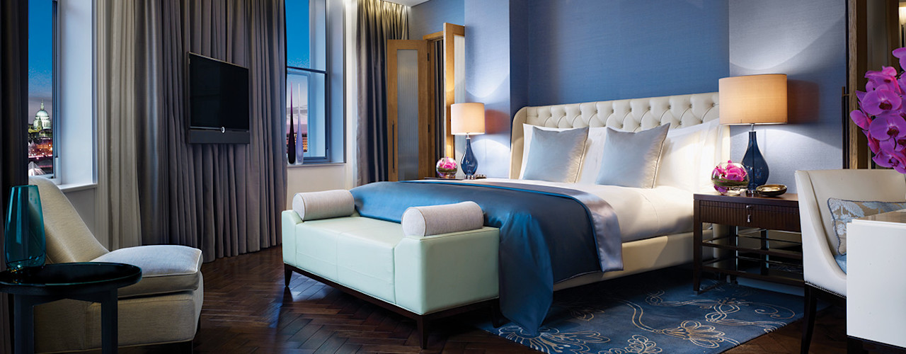 homify Classic style bedroom Wood Blue