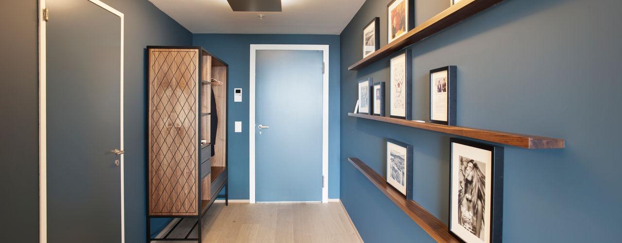Penthouse, Zurich Studio Frey Modern Corridor, Hallway and Staircase