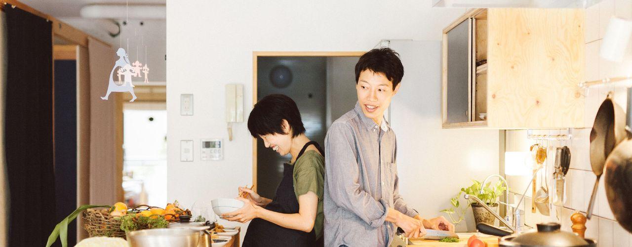 間取りが自由に動かせるマンションリノベーションmaru(マル)シリーズ第1号 すまい研究室 一級建築士事務所 ミニマルデザインの キッチン