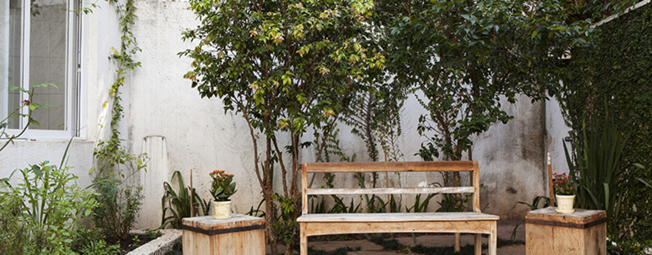 Lucia Helena Bellini arquitetura e interiores Jardines de estilo moderno